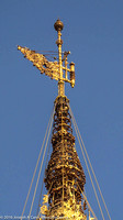 The Vane and Diamond Orb atop Shwedagon Pagoda