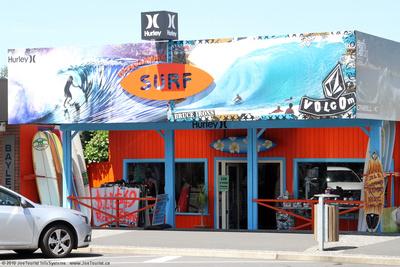 JoeTourist: Coromandel &emdash; Surf shop
