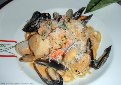 Linguini Fruitti di Mare (seafood linguini) in Canaletto aboard Volendam