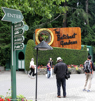 'The Butchart Gardens' sign