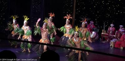 JoeTourist: Tahiti &emdash; Tahiti Ora folkloric dance troupe