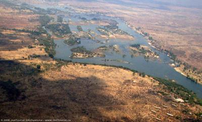 JoeTourist: Victoria Falls &emdash; Cataract islands in the Zambezi River above Victoria Falls