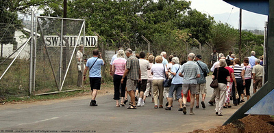 JoeTourist: Mpumalanga Province &emdash; Tourists crossing the border into Swaziland at Jeppes Reef