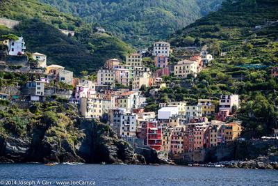 JoeTourist: Cinque Terre &emdash; Riomaggiore village