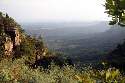 JoeTourist: Johannesburg to Hazyview &emdash; View of the Lowveld and escarpment from God's Window